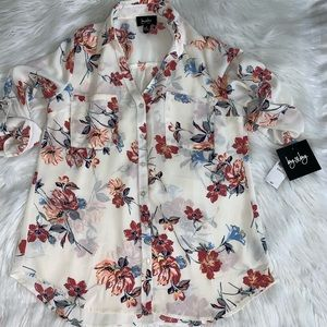 By&by floral Button down blouse